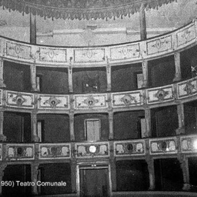 Interno Teatro Comunale All Italiana Putignano